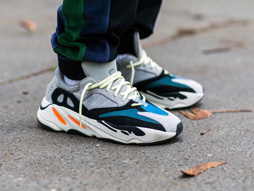 YEEZY 700 Wave Runner
