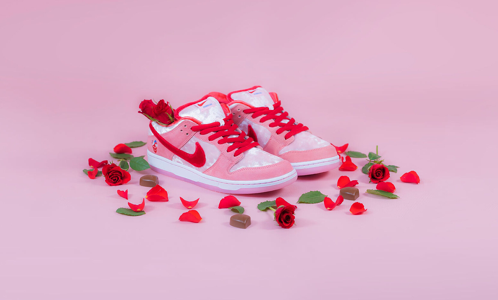 StrangeLove x Nike SB Dunk Low