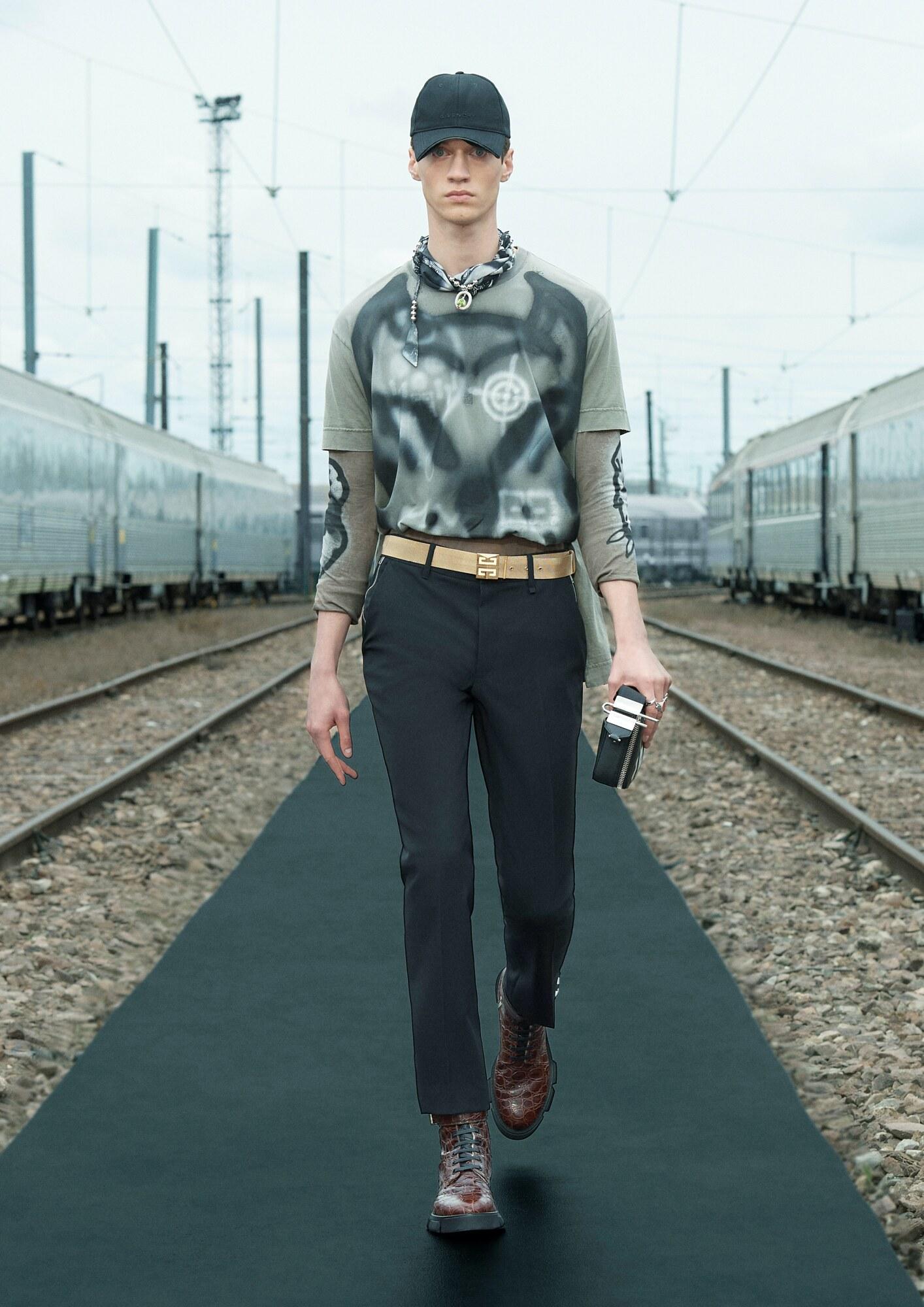 Givenchy Chito Spring 2022