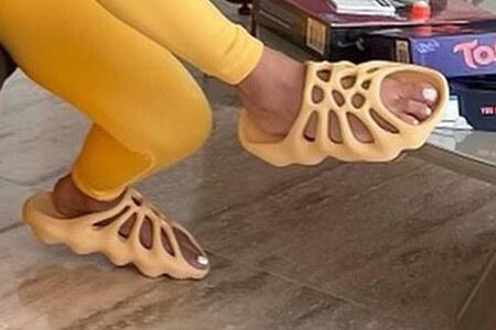 Kim Kardashian YEEZY 450 Slides Yellow