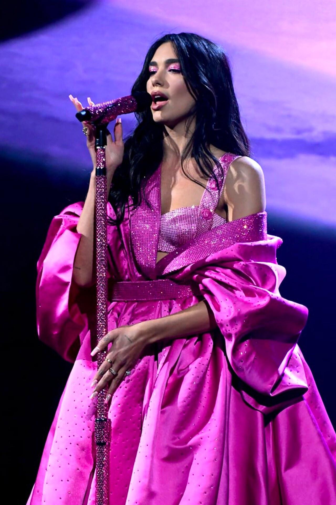 Dua Lipa Grammy 2021 Atelier Versace