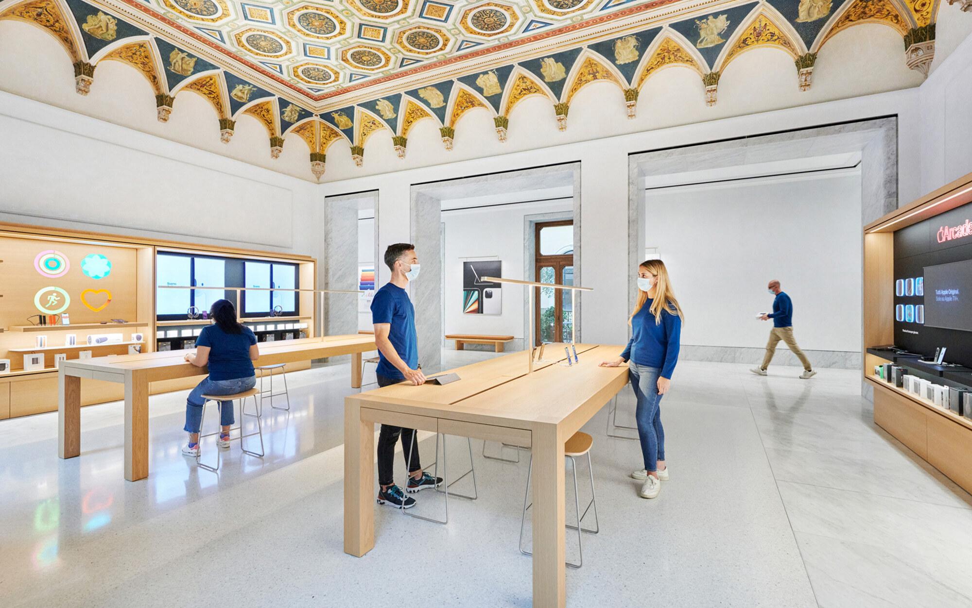 Apple Store Roma Via del Corso