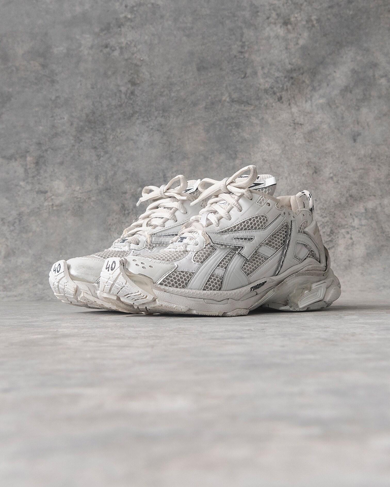 Balenciaga KITH Runner sneaker