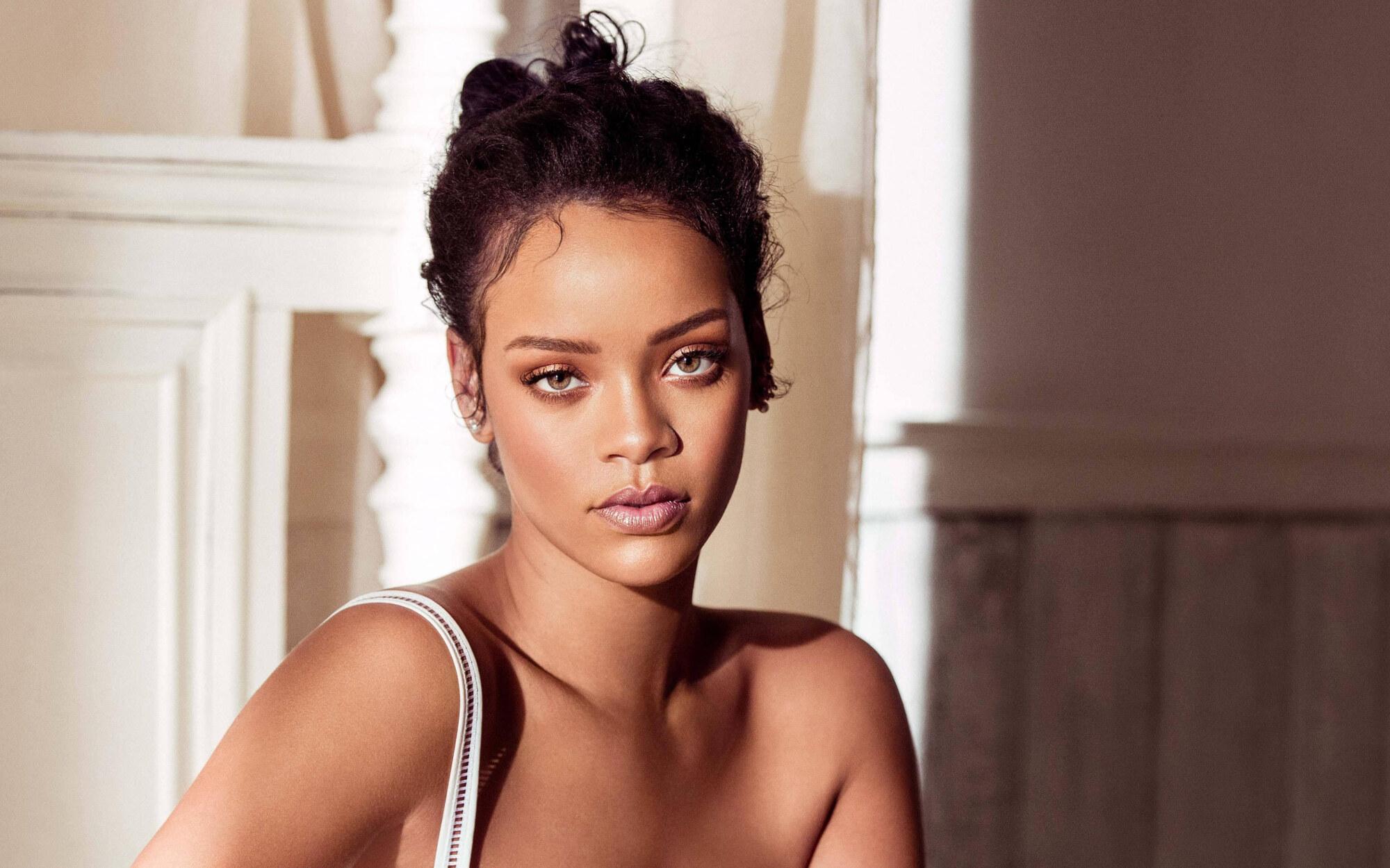 Rihanna Mansion Beverly Hills