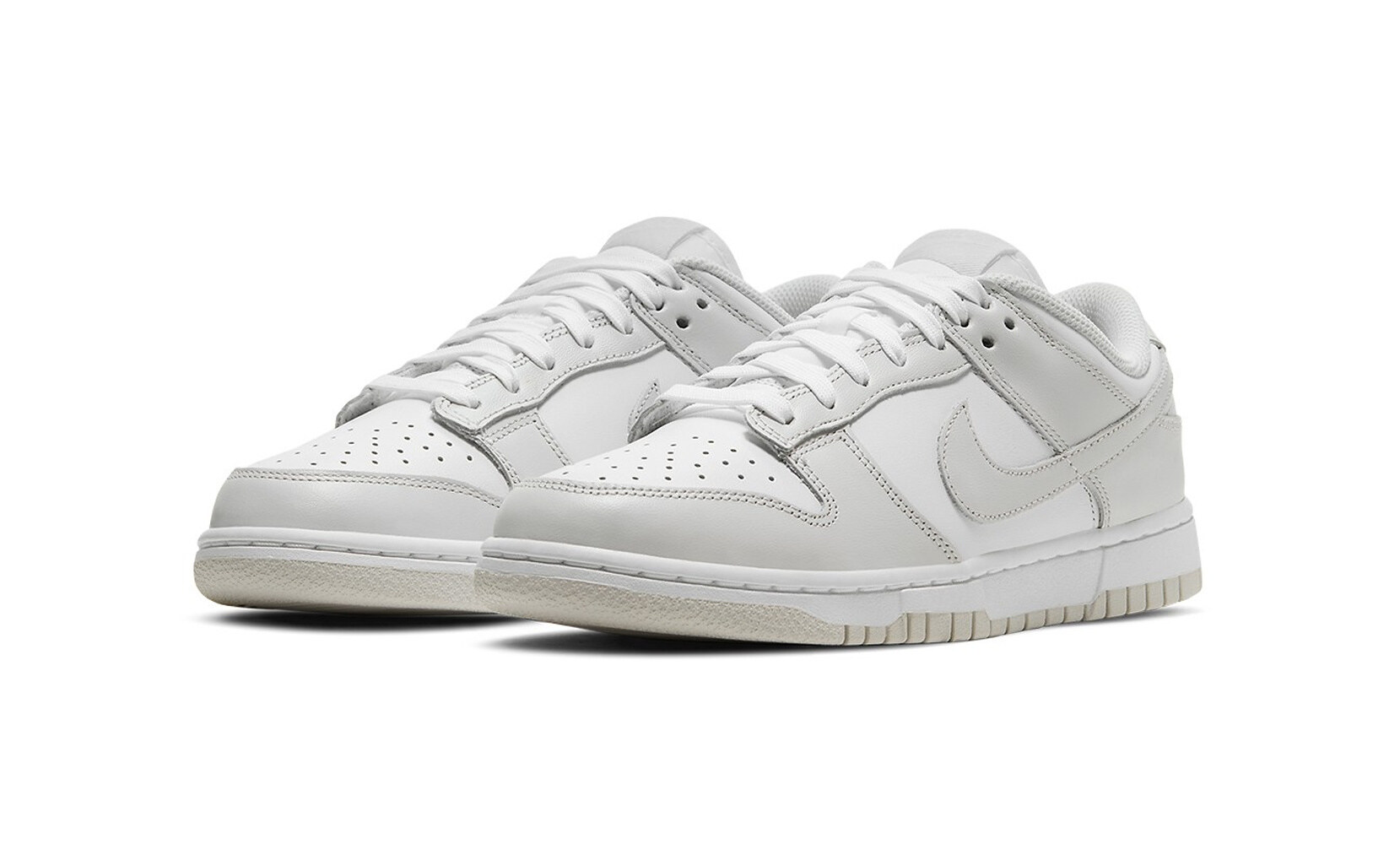 Nike Dunk Low Photos Dust