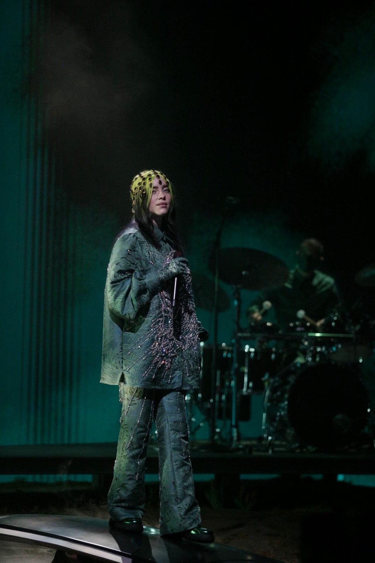 Billie Eilish Grammy 2021 Gucci