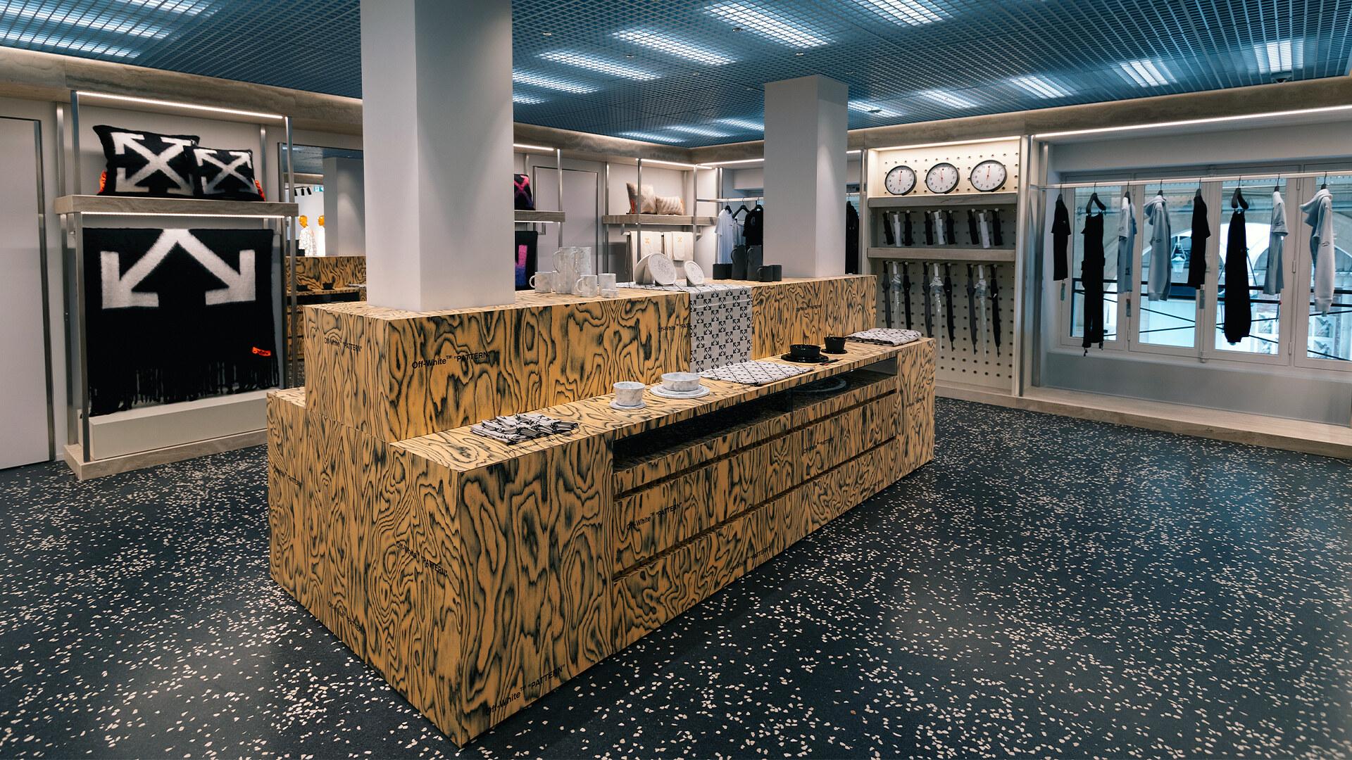Off-White apertura Flagship Store Parigi