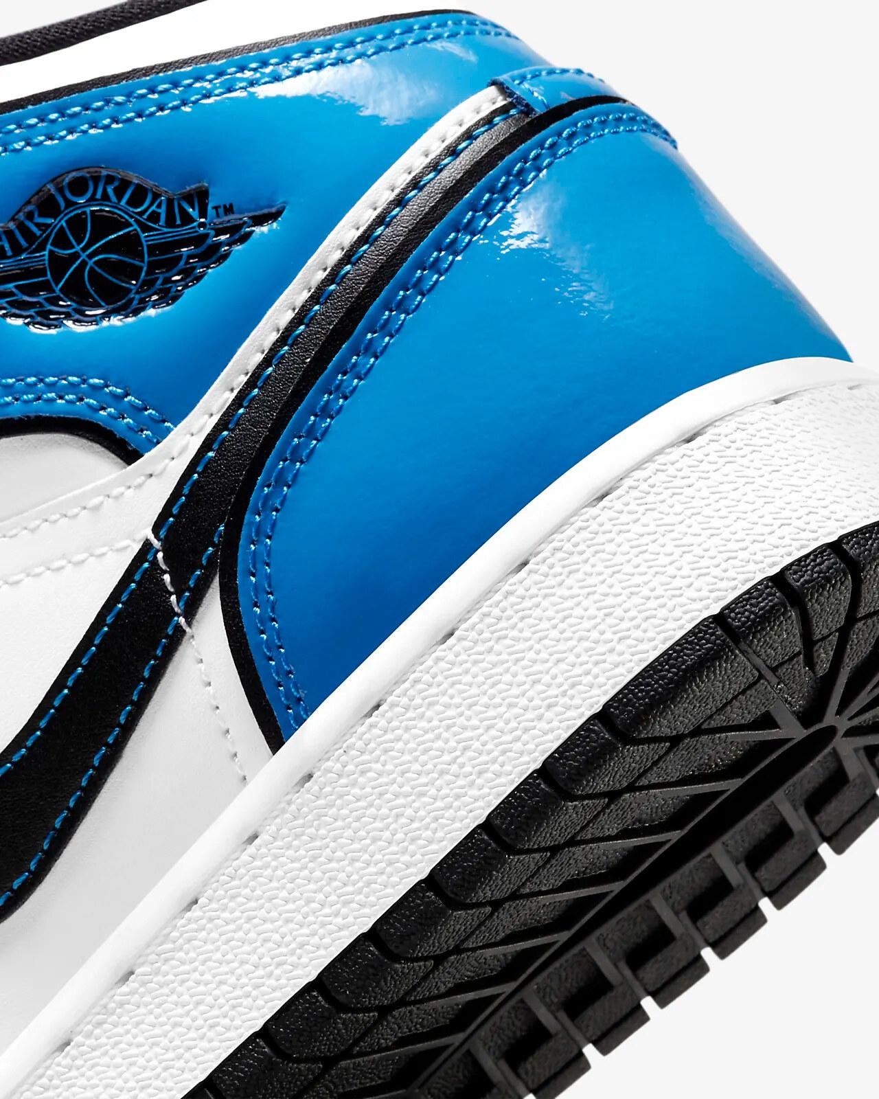 Air Jordan 1 Mid u201cSignal Blueu201d