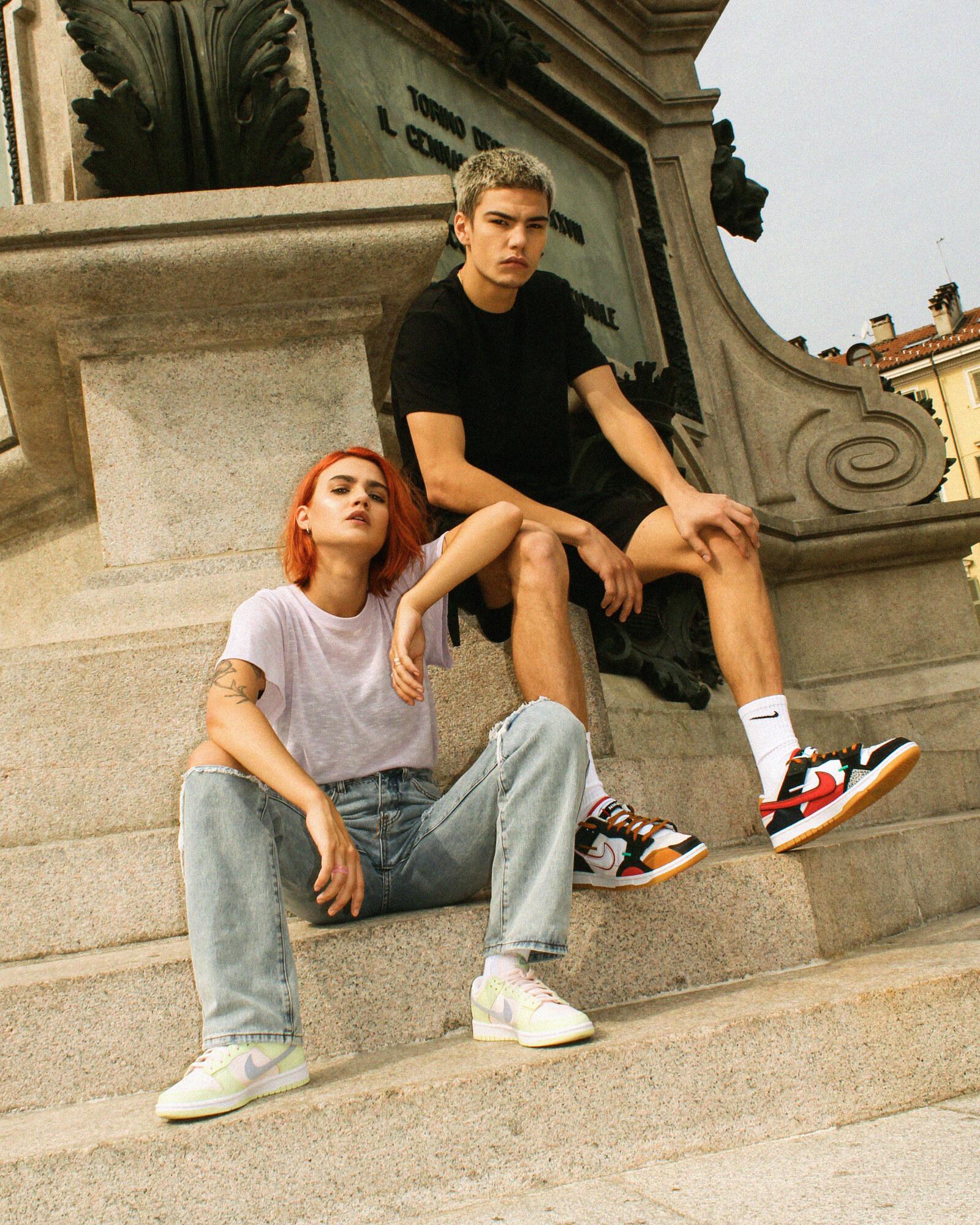 Nike Dunk Low Light Bone e Scarp Glow